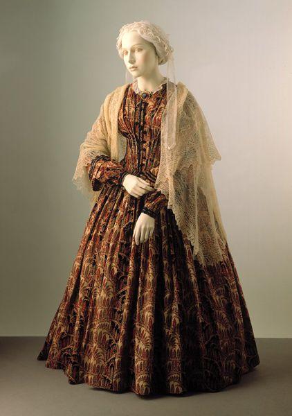 VoA dress
